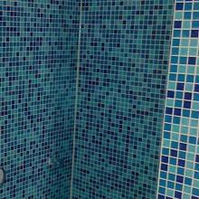 Bad mit Mosaikfliesen